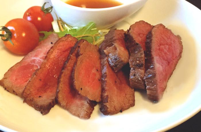 肉の味を味わうなら、まずは「ステーキ」で