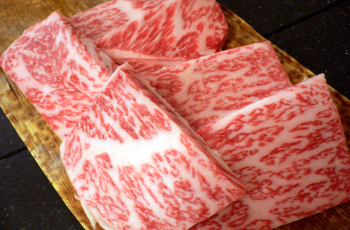 霜降りと美しさは神戸牛ナンバー1「リブロース」
